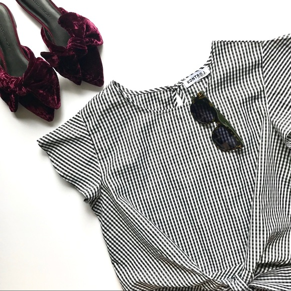 ac0268c576112a Kontrol Contemporary Tops - Gingham Black and White Blouse with Knot (EUC)